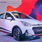 2017 Hyundai Grand i10X (facelift) front three quarters
