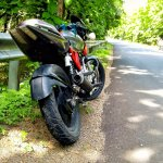 Bajaj Pulsar 150 B3.1 by Beast Motors rear three quarter
