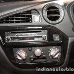 Datsun Redi-GO 1.0L centre console