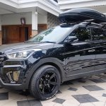 Hyundai Creta diesel with stealth exterior front quarter