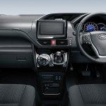 Toyota Voxy dashboard