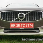 Volvo V90 Cross Country front grille