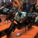 2017 KTM 200 Duke front left quarter at GIIAS 2017