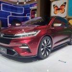 Daihatsu DN F-Sedan GIIAS 2017 front three quarters