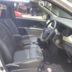 Daihatsu Sigra Special Edition GIIAS 2017 front seats
