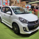 Daihatsu Sirion Special Edition GIIAS 2017 right front three quarters