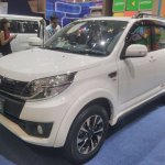 Daihatsu Terios Special Edition GIIAS 2017 left front three quarters