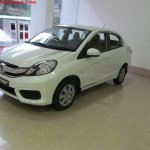 Honda Amaze Privilege Edition front three quarters