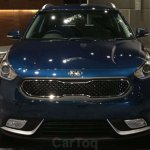 Kia Niro showcased at Kia dealer roadshow front