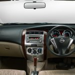 Nissan Grand Livina interior dashboard