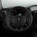 Renault Kaptur EXTREME steering wheel