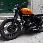 Royal Enfield Classic 350 Achilles Bulleteer Customs front left three quarter