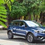 2017 Maruti S-Cross facelift front three quarters Nexa Blue
