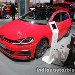 2017 VW Golf GTI Performance front three quarters left side at the IAA 2017