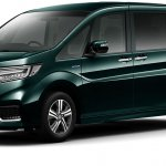 2018 Honda Step WGN Spada hybrid front three quarters