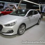 Hyundai i30 Fastback front three quarters at IAA 2017