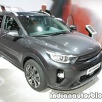 Kia Stonic front three quarters at IAA 2017