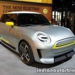 MINI Electric Concept front three quarters left angle at IAA 2017