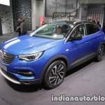 Opel Grandland X front three quarters at IAA 2017