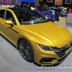 VW Arteon R-Line front three quarters at IAA 2017