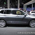 Volkswagen Tiguan Allspace side at IAA 2017