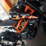 2017 KTM 390 Duke black colour front left quarter closeup