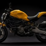 2018 Ducati Monster 821 Yellow press left side