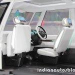 Daihatsu DN U-SPACE concept at the 2017 Tokyo Motor Show front seats