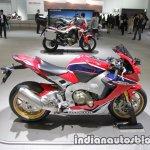 Honda CBR1000RR SP side profile at 2017 Tokyo Motor Show