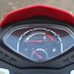 Honda Cliq Review instrument cluster