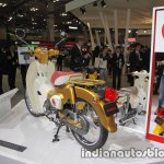 Honda Super Cub 110 Commemorative Edition rear three quarters at 2017 Tokyo Motor Show