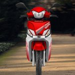 Mahindra Gusto RS Red front