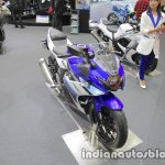 Suzuki GSX250R front three quarters right side at 2017 Tokyo Motor Show