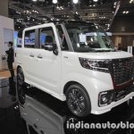 Suzuki Spacia Custom Concept front three quarters left at the Tokyo Motor Show