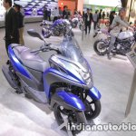 Yamaha Tricity 155 front three quarters at 2017 Tokyo Motor Show