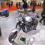 Yamaha XSR900 front three quarters at 2017 Tokyo Motor Show
