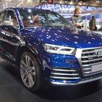 2017 Audi SQ5 front three quarters right side at 2017 Dubai Motor Show