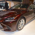 2018 Lexus LS front three quarters left side at 2017 Dubai Motor Show