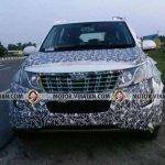 2018 Mahindra XUV500 facelift front