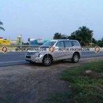 2018 Mahindra XUV500 facelift spied