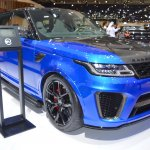 2018 Range Rover Sport SVR front three quarters at 2017 Dubai Motor Show
