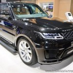 2018 Range Rover Sport at Dubai Motor Show 2017 three quarters