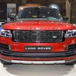 2018 Range Rover (facelift) SVAutobiography Dynamic front at 2017 Dubai Motor Show