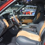 2018 Range Rover (facelift) SVAutobiography Dynamic front seats at 2017 Dubai Motor Show