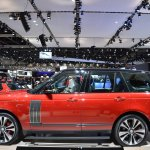 2018 Range Rover (facelift) SVAutobiography Dynamic profile at 2017 Dubai Motor Show