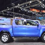 2018 Toyota Hilux Revo at Thai Motor Expo 2017 right side view