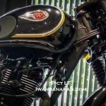 Kawasaki W175 SE spotted at dealership fuel tank