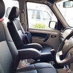 Mahindra Scorpio 2017 facelift front seats
