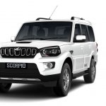 Mahindra Scorpio 2017 facelift front three quarters