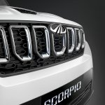 Mahindra Scorpio 2017 facelift new grille